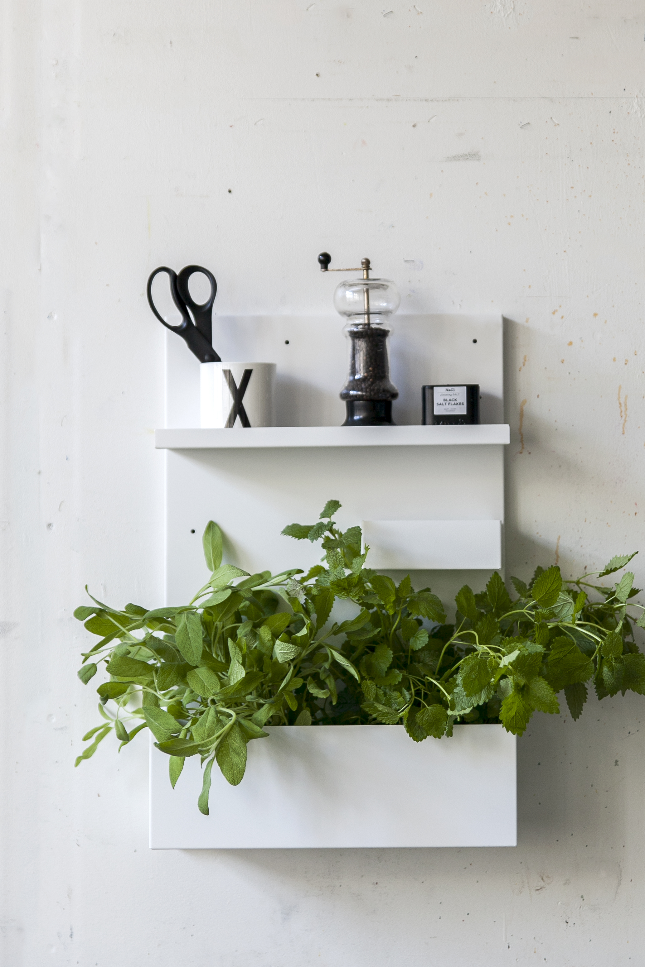 memo2_white_kitchen